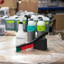 Pakke for rengjøring og fornying av gummimatter og pedaler